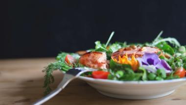 Una dieta saludable ayuda a prevenir el declive cognitivo asociado a la edad - Investigación, Sociedad