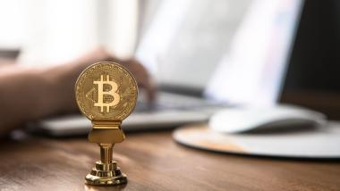 Blockchain strikes the senior market - Investigación, Economía