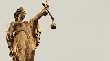 El Derecho y las Personas Mayores - Tribuna Abierta, Sociedad