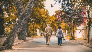 Cómo ayudar a las personas mayores a seguir siendo independientes - Salud, Sociedad