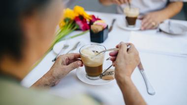 Porque é que se descuida a alimentação durante o envelhecimento? - Tribuna Abierta, Sociedad