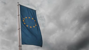 Europa se tiñe de gris - Sociedad, Economía